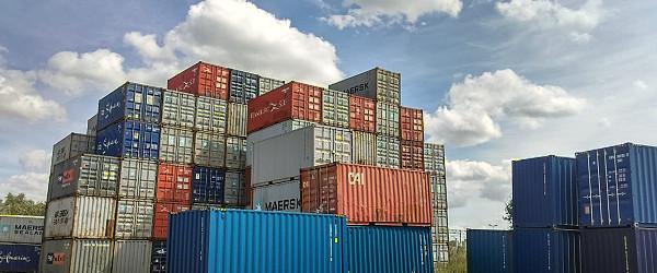 Lodní kontejner se nejčastěji používá k přepravě zboží z jednoho přístavu do druhého. Vposlední době ale také vzrostla obliba bydlení vlodním kontejneru, což má své četné výhody. Tato kovová nádoba...